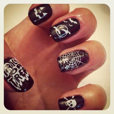 Mani Monday Halloween Nails